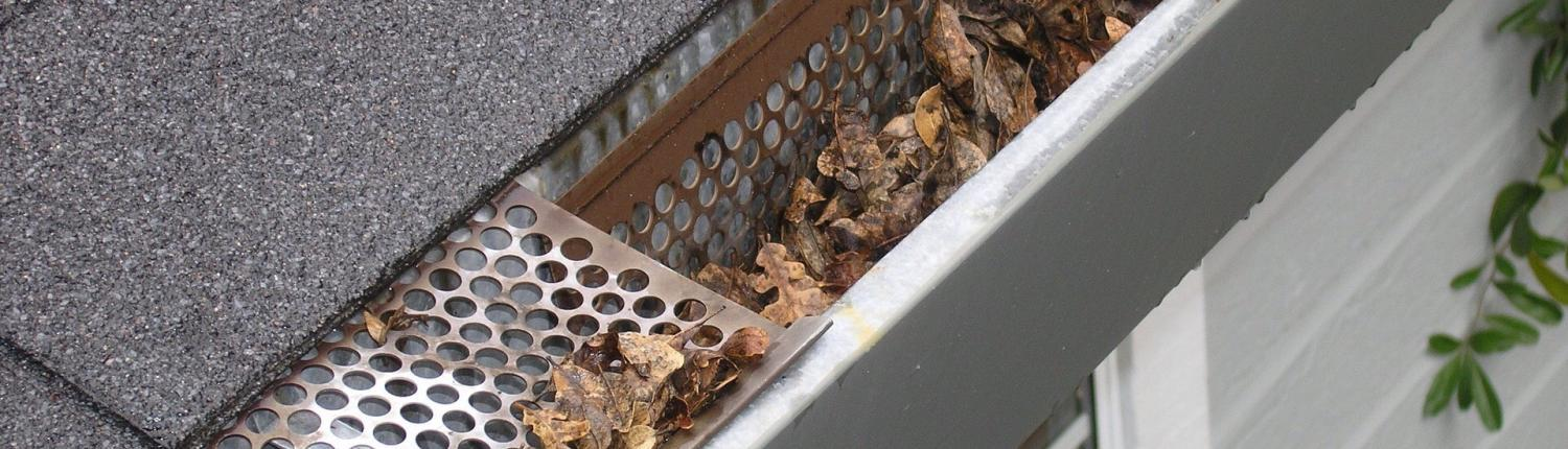 harding's exterior cleaning house washing gutters calgary